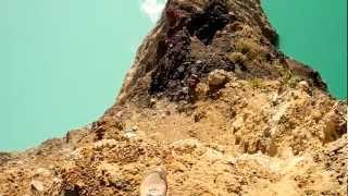 Остров Флорес - цветные озера вулкана Келимуту