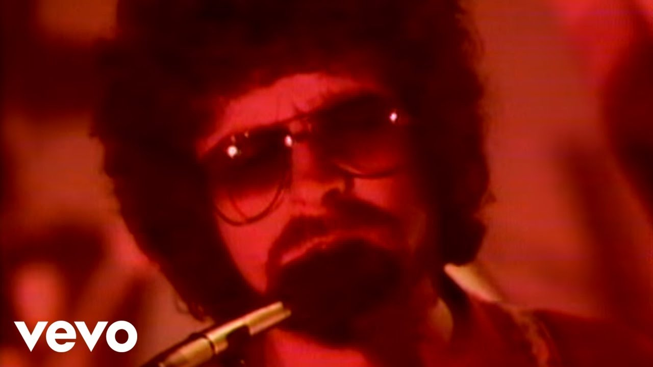 Electric Light Orchestra   Donu0027t Bring Me Down   YouTube