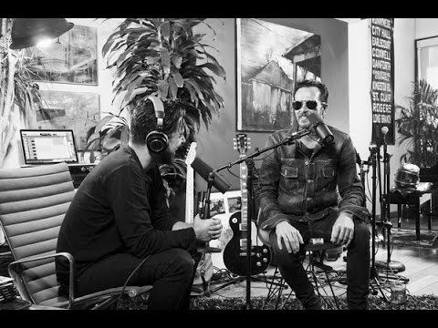 "Scott Weiland & The Wildabouts - ""The Jean Genie"" (David Bowie Cover) 