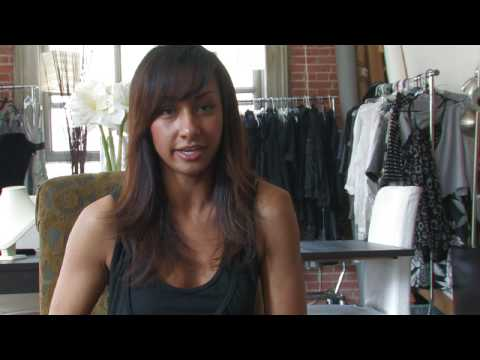 Careers in Fashion : What Does a Fashion Director Do?
