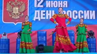 Я НА ПЕЧКЕ МОЛОТИЛА, Русская Народная, Саратовские Девчата