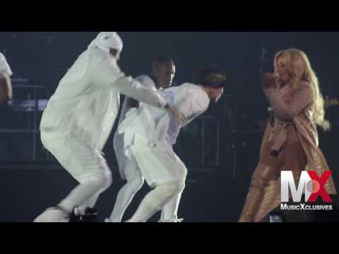 """Lil' Kim Performs """"Queen Bitch"""" at Bad Boy Family Reunion show in Brooklyn"""