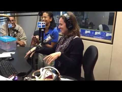 The J Show on B96 : Showbiz Faces her fear of Snakes!