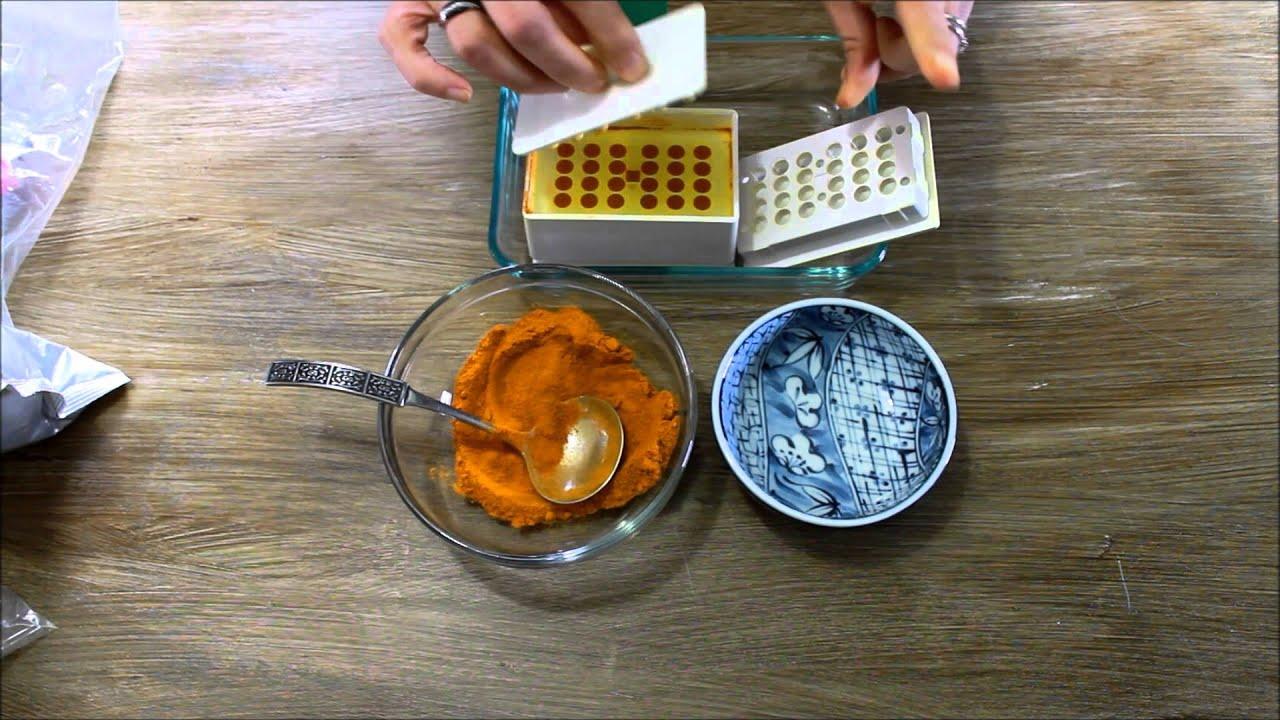 Homemade Turmeric Capsules - YouTube