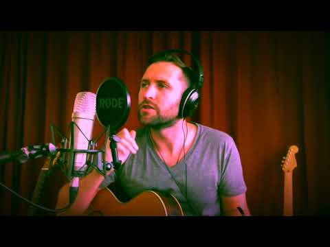 Lee Gray - A Sky Full of Stars (Coldplay cover)