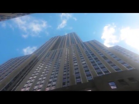 Man Jumps Off The Empire State Building!!!!!