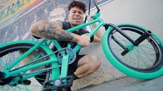 MY NEW BEAUTIFUL $2,000 CUSTOM BMX BIKE *RARE*