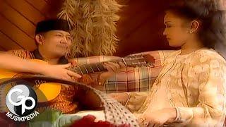 Download Evie Tamala - Nada-Nada Cinta (Official Music Video)