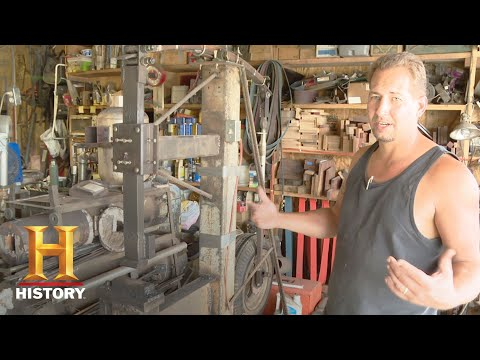 Forged in Fire: Home Forge Tours - Jessica & Mark and Casey & Joe (Season 4) | History
