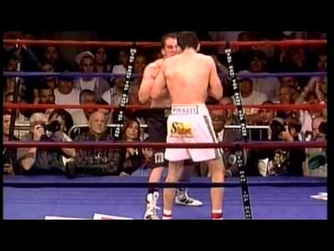 JULIO CESAR CHAVEZ JR VS RAY SANCHEZ 3