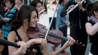 Azerbaijan Student Network Mozart flash mob in Prague.mp3