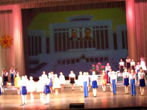 DPRK North Korea 2012 - Mangyongdae Children's Palace - choir performance