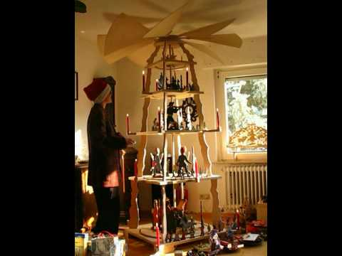 Christmas Pyramid.World S Biggest Christmas Pyramid Driven By Candle Light