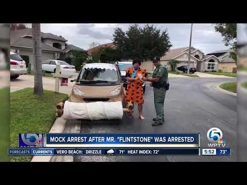 Eric Hunter - Fred Flintstone Imitator Pulled Over in Florida