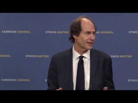 """Cass R. Sunstein: Escaping the """"Ridiculous"""" Social Media Bubble"""