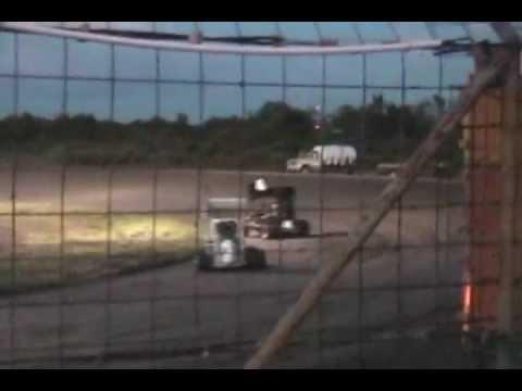 2012-6-16 Gulf Coast Speedway Heat 2 Mini Sprint Collin Restrictor.wmv