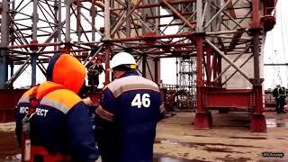 Крымский мост день за днем
