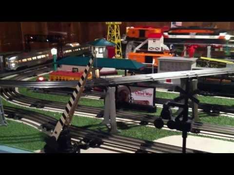 LIONEL O GAUGE DEALER DISPLAY TRAIN LAYOUT D-192
