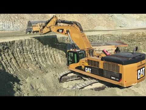 Cat 385C Excavator Loading Dumpers And Trucks - Labrianidis ATE