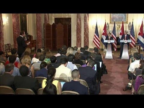 Conferencia de Prensa Conjunta con Ministro de Cuba Rodríguez Parrilla