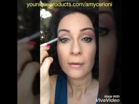 Sexy and Glamorous eyes ! With Yonnique Mineral Eye Pigments.