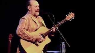 Colin Hay -  Beautiful World (Live) | The Fuze Magazine