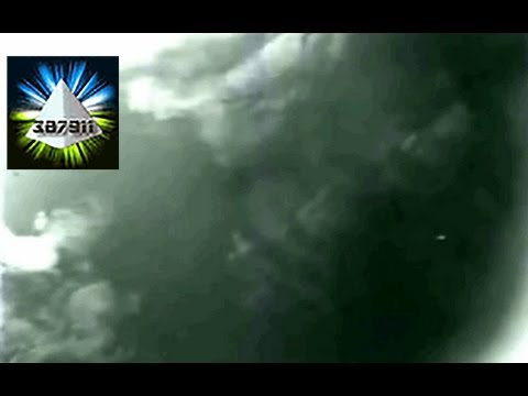 UFO ☕ video footage of UFO in space 👽 it's NASA UFO footage!
