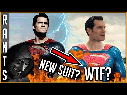 What Have They Done To SUPERMAN'S Suit In The Justice League? IT LOOKS CHEAP! OMG!