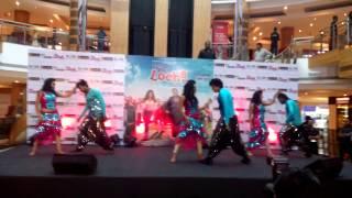 sunny leone-daru peeke dance-sumit pradhan