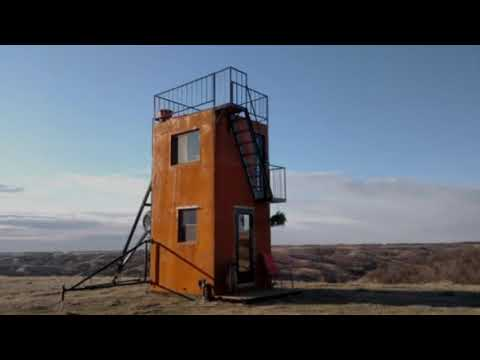 The Tilting Tower Tiny House That Can Be Pulled by Your 4WD