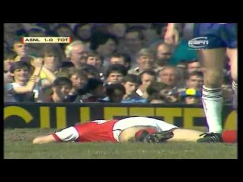 Arsenal 3-2 Tottenham 1983-84
