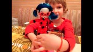 Костюм Леди Баг без иголки и ниток! Переделываем куклу Эквестрия герлз на Ледибаг(Станьте ЛЕГКО партнерами YouTube по ссылке: http://join.air.io/CreativeNika - рекомендуем именно эту сеть! В этом видео Ника..., 2016-03-21T14:26:49.000Z)
