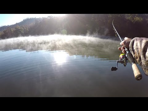 SLAB CRAPPIE Between Cold Fronts! Crappie Fishing With A Jig