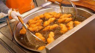 Twisted bread stick (Kkwabaegi) - Korean street food