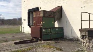 Abandoned Big Beaver Plaza (grocery, Movie Theater, Nail Salon)