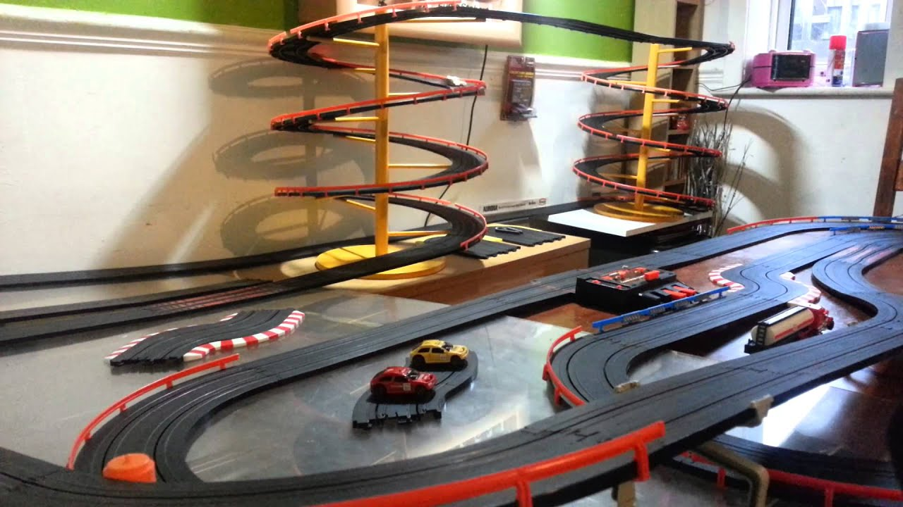 drag slot car racing with Watch on 2005 1 as well POD 030803 additionally Slotters weebly further Index also 143763413078663492.