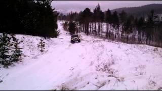 Hummer H3 по дороге на высокогорье 1