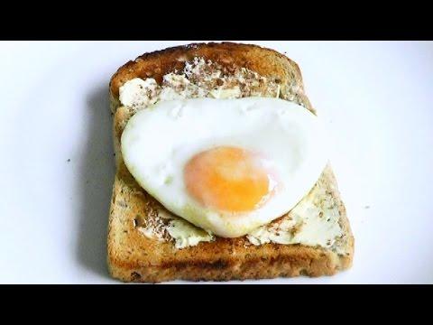 valentines-food-romantic-breakfast-heart-shape-egg-on-toast