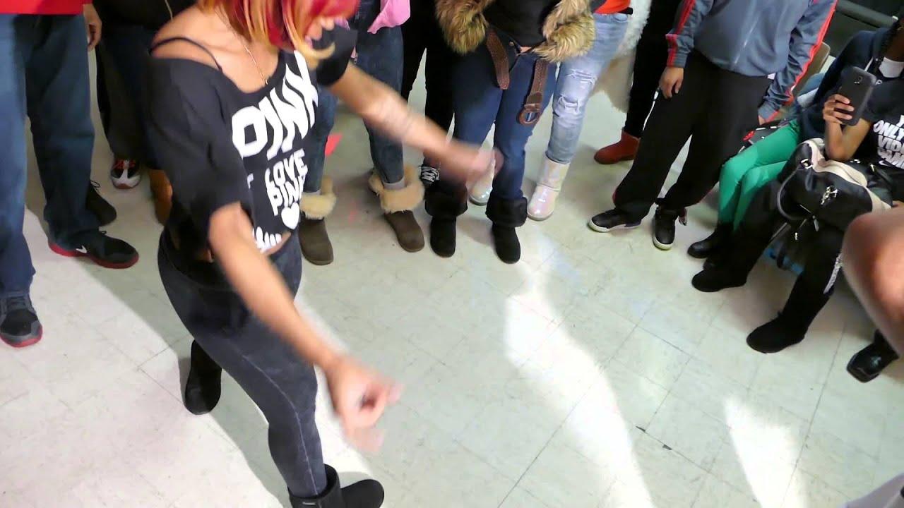WALACAMTV.COM ITS ON..Hip Roll Battle @DA WARZONE - Mariah & Reese vs Jmoney & October..