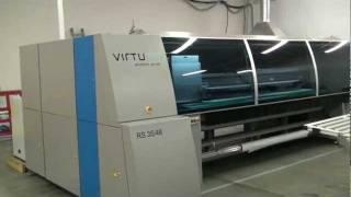 Прямая УФ печать на стекле(На видео показана прямая печать на стекле на индустриальном швейцарском УФ принтере Virtu RS 35. В компании..., 2012-02-25T21:28:15.000Z)