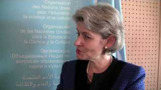 Irina Bokova and Rod Beckstrom at UNESCO Paris (10 Dec 090