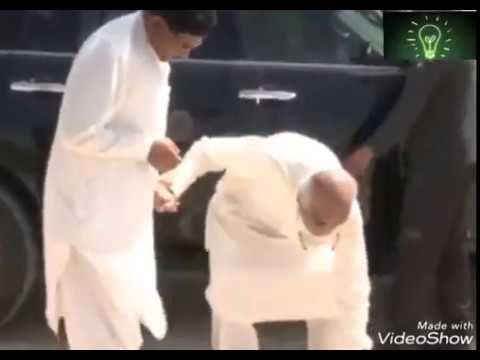 Opposition Leader Beating the engineer on road side