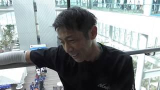 日本一高いビル「あべのハルカス」(大阪市阿倍野区)で11月4日、階段垂...