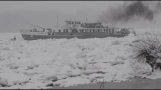 Mađarski ledolomci razbijaju ledenu blokadu na Dunavu između Bogojeva i Apatina