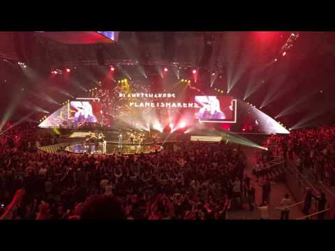 Like a Fire / I Prophecy  ||  Planetshakers Conference 2017
