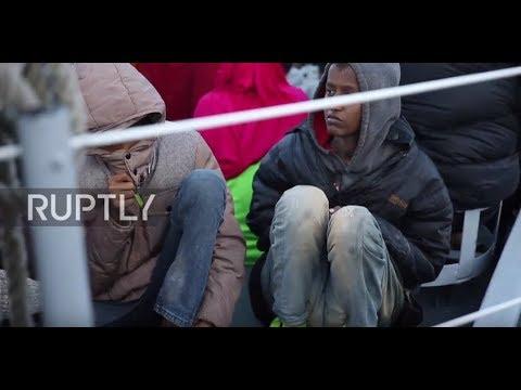 Libya: 31 migrants dead, 200 rescued after boat sinks