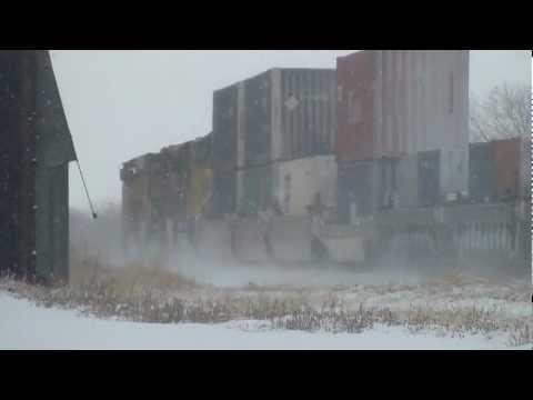 Westbound Union Pacific stacker at Dakota crossing, Ames, Iowa