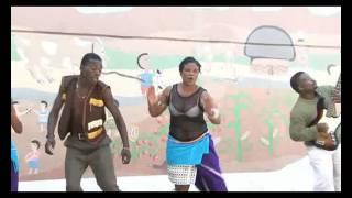Download Uboneni - Ngicel'uthando MP3 song and Music Video