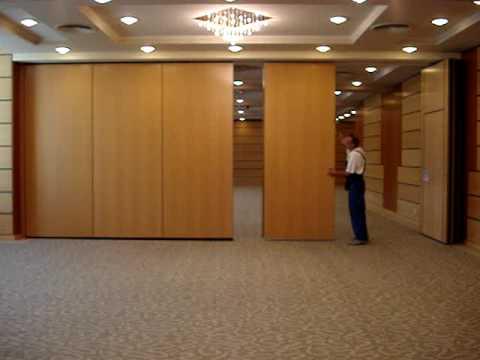 Hotel Hilton tolófal | www.mobilfalak.hu