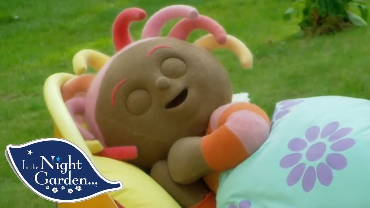 In the Night Garden | Upsy Daisy Enjoys Her Nap | Full Episode - YouTube